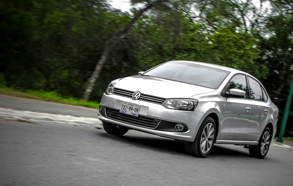 VW Vento Mexico February 2014. Picture courtesy of am.com.mx