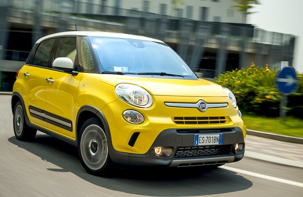 Fiat 500L Italy March 2014. Picture courtesy of automobile-magazine.fr