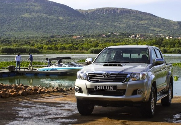 Toyota-Hilux 2013.-Picture-courtesy-of-saudishift.com_