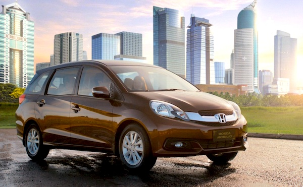 Honda Mobilio Indonesia April 2014. Picture courtesy of geppetto3d.com