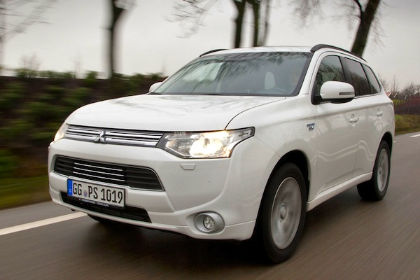 Mitsubishi Outlander PHEV Netherlands April 2014. Picture courtesy of autoweek.nl