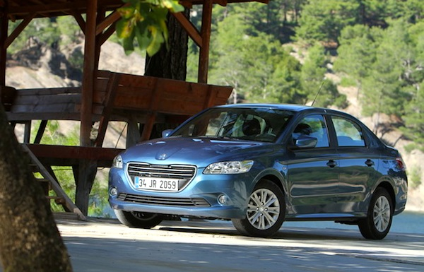 Peugeot 301 Bosnia April 2014. Picture courtesy of autocentre.ua