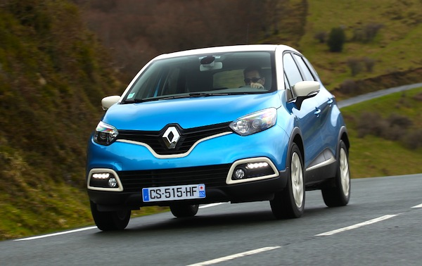 Renault Captur Europe May 2014. Picture courtesy of automobile-magazine.fr