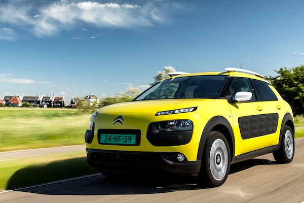 Citroen C4 Cactus Spain June 2014. Picture courtesy of largus.fr