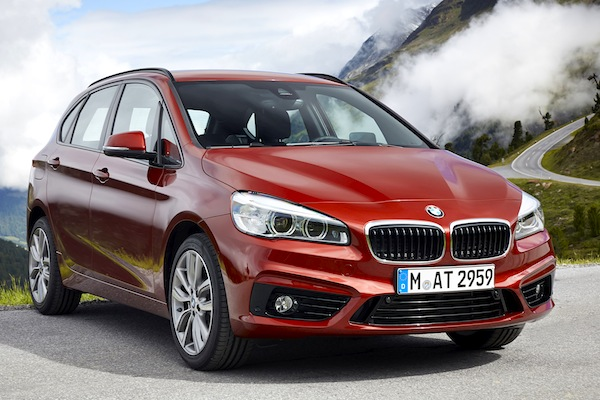 BMW 2 Series Active Tourer World 2014