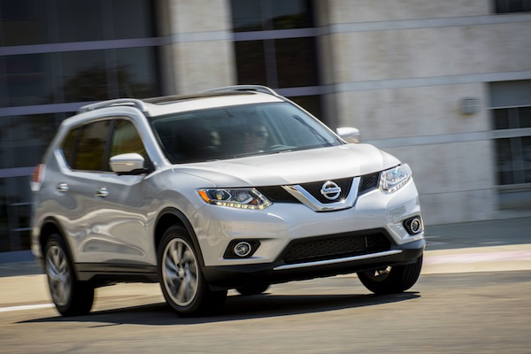 Nissan Rogue Canada July 2014. Picture courtesy of motortrend.com