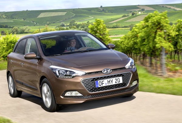 Hyundai i20 Austria October 2014. Picture courtesy of largus.fr