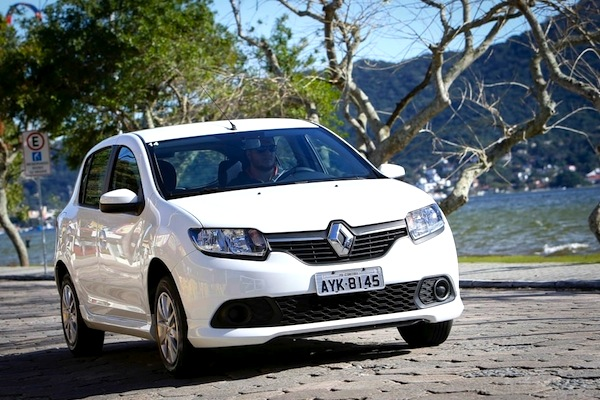 Renault Sandero Brazil August 2014. Picture courtesy of uol.com.br