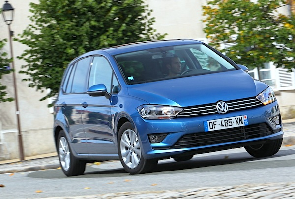 VW Golf Sportsvan Europe August 2014. Picture courtesy of largus.fr