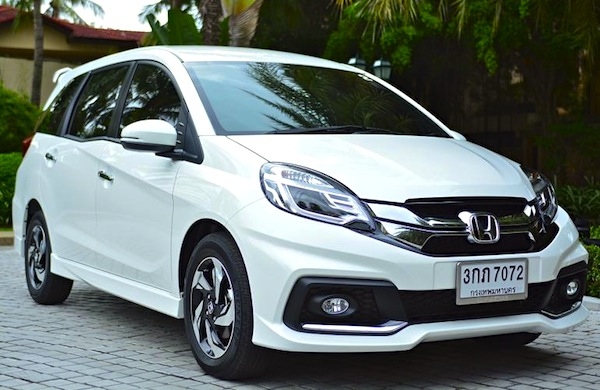 Honda Mobilio Thailand September 2014. Picture courtesy of thairath.co.th
