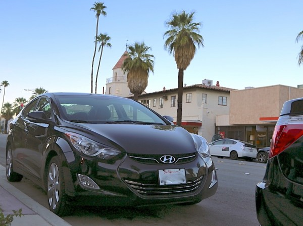 Hyundai Elantra Palm Springs 2