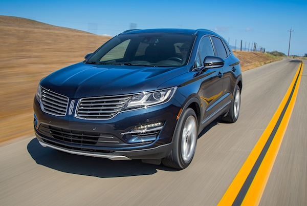 Lincoln MKC Canada September 2015. Picture courtesy of motortrend.com