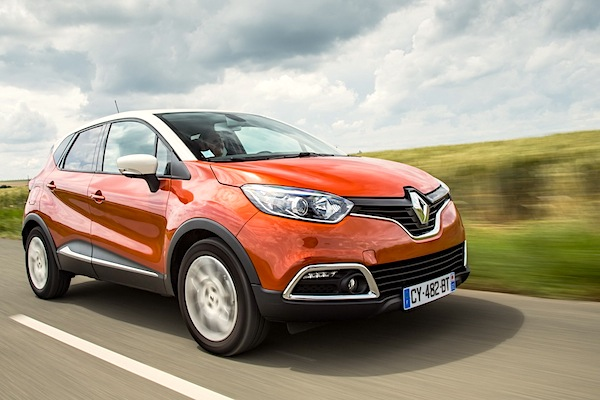 Renault Captur Europe December 2014. Picture courtesy of largus.fr