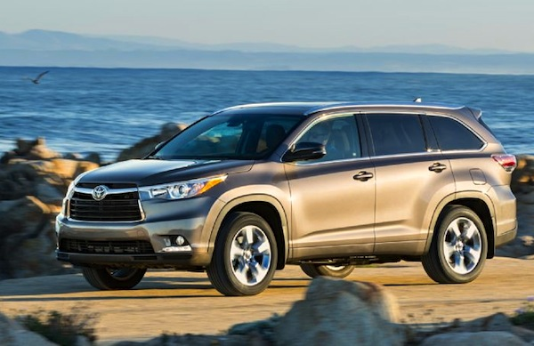 Toyota Highlander New Zealand October 2014. Picture courtesy of automobilemag.com