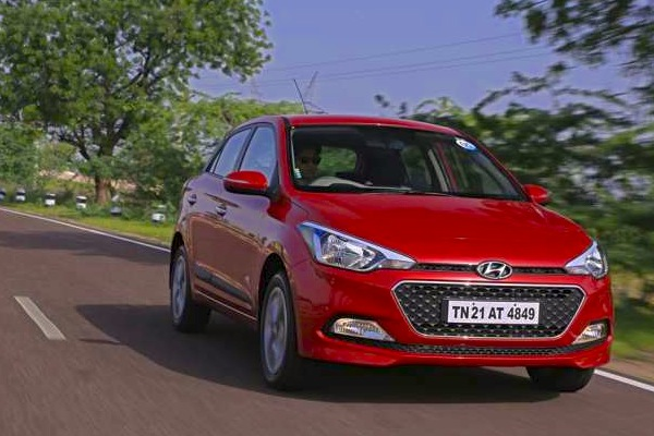 Hyundai Elite i20 India November 2014. Picture courtesy of zeegnition.com