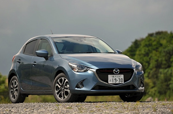 Mazda Demio Japan November 2014. Picture courtesy of car.watch.impress.co.jp