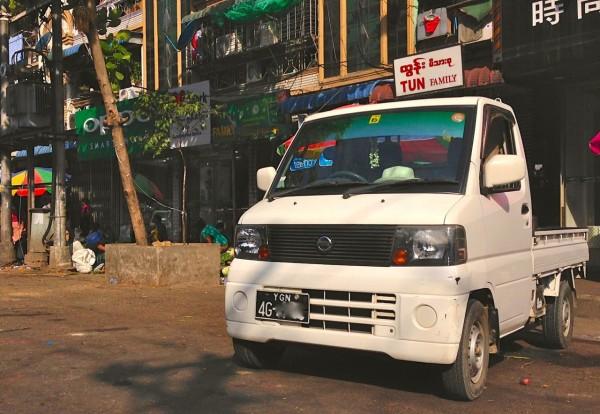 Nissan Clipper Yangon 2