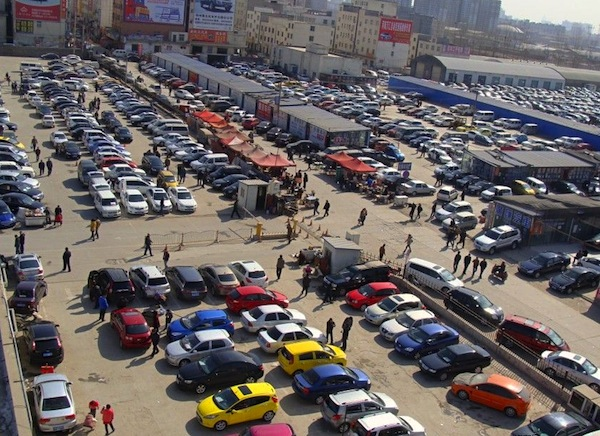 Used car market in China. Picture courtesy of 51auto.com