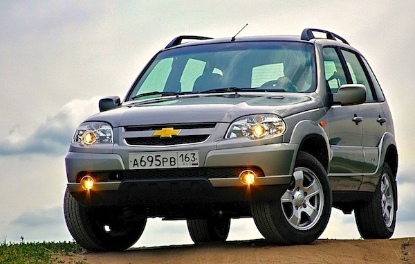 Chevrolet Niva Russia December 2014. Picture courtesy of zr.ru