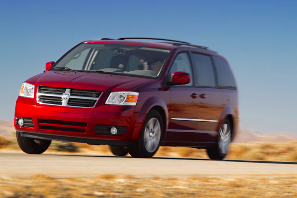 Dodge Grand Caravan Canada January 2015. Picture courtesy motortrend.com