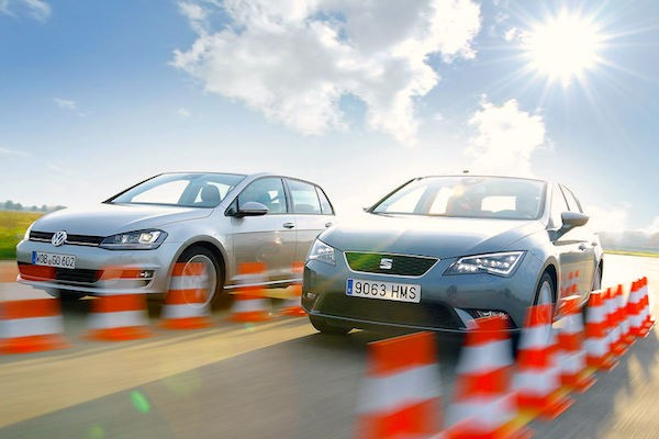 Seat Leon VW Golf Spain January 2015. Picture courtesy auto-motor-und-sport.de