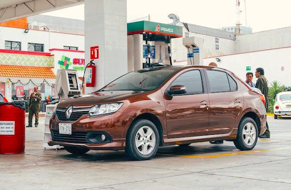 Renault Logan Mexico 2014. Picture courtesy autocosmos.com