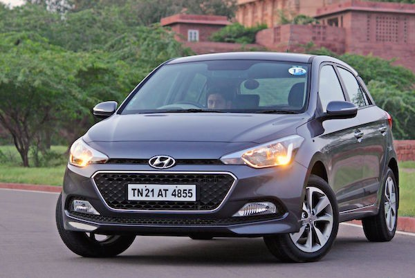 Hyundai Elite i20 India March 2015. Picture courtesy motoroids.com