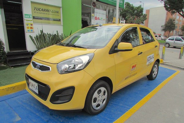 Kia Eko Taxi Colombia 2014