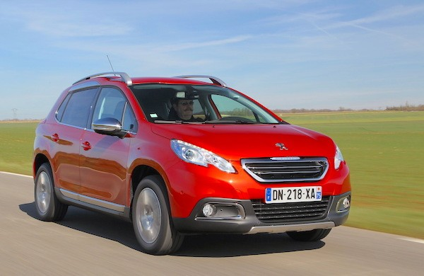 Peugeot 2008 France April 2015. Picture courtesy largus.fr