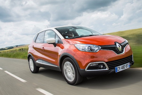 Renault Captur Europe June 2015. Picture courtesy largus.fr