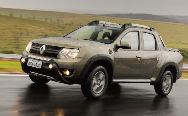 Renault Oroch Brazil September 2015. Picture courtesy carroonline.terra.com.br