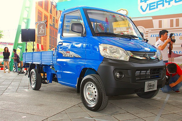 CMC Veryca Taiwan October 2015. Picture courtesy carstuff.com.tw